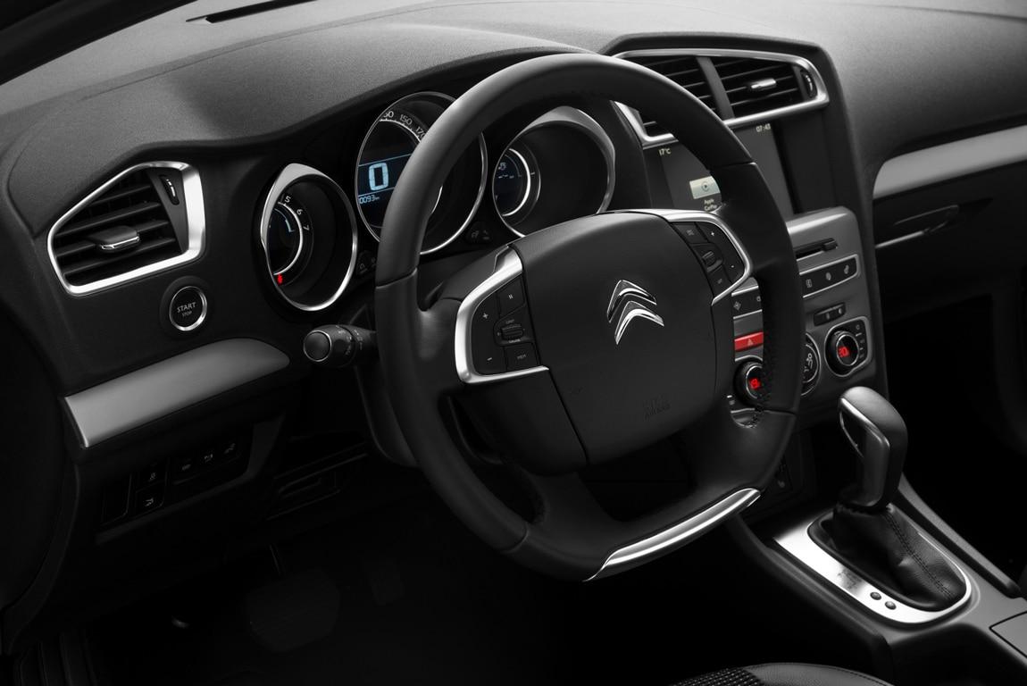 Фото Citroen C4 Sedan